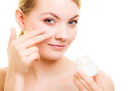 Pelembab Caring papasemar penyebab kulit wajah kusam akibat