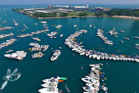 chicago boat party 2017 chicago scene boat party charter boats available
