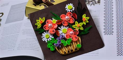 How To Make Paper Flowers For Cards - how to make a beautiful quilling paper flower basket for