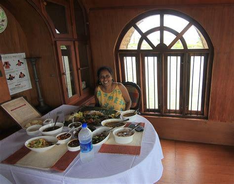kerala boat house hotel kumarakom lake resort lake resort in kumarakom resorts