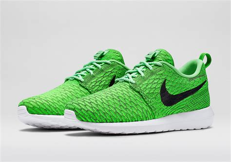 mint green nike sneakers nike flyknit roshe run mint green black