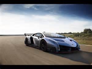 Lamborghini Veneno On Road 2013 Lamborghini Veneno Motion 1 1280x960 Wallpaper