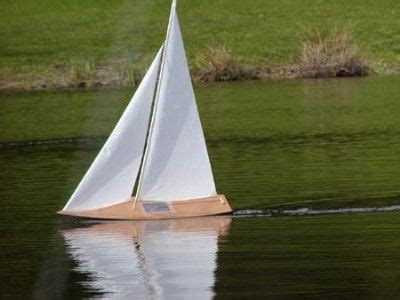 radio controlled boats for beginners best small sailboat for beginners 103020 rc sailboats