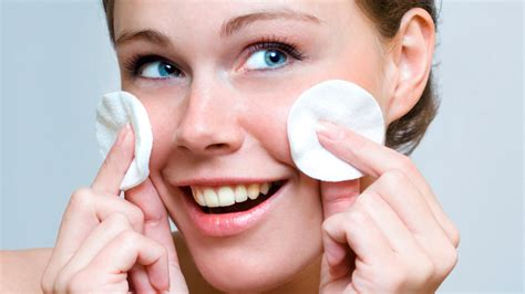 come fare la pulizia viso a casa pulizia viso fai da te profonda consigli e come fare