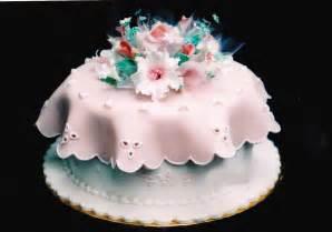 shanti s cakes wedding cake with fondant