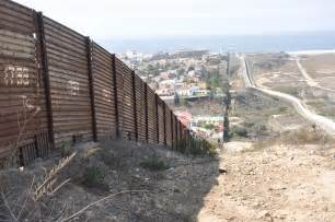 Building A Wall donald trump wants to build a wall on the border with mexico can he