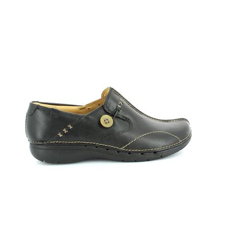 clarks comfort shoes clarks un loop d fit black comfort shoes