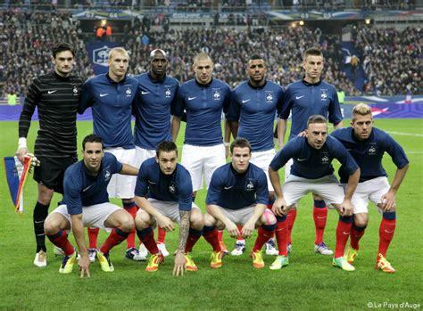 FOOTBALL - L'équipe de France vue par nos entraîneurs et ... L Equipe Football