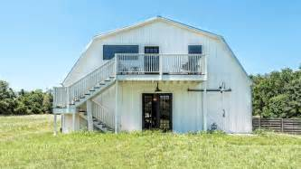 Magnolia Farms tour the barndominium from fixer upper today com