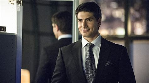Arrow Brandon Routh | the atom on arrow brandon routh s costume debuts