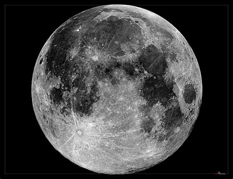 black and white moon wallpaper black and white moon 36 background hdblackwallpaper com