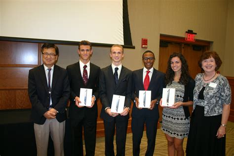 Rutgers Camden Mba Curriculum by Standout Win Bized Competition Rutgers Camden