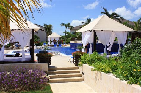 Charming Round The World Trips All Inclusive 5 Resorts