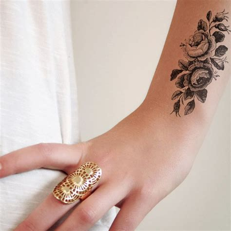 small vintage tattoos 25 best ideas about 3 roses on