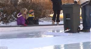 Backyard Ice Rink Resurfacer Man S Homemade Ice Rink Is His Back Yard Is A Hit With His