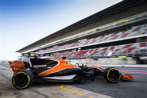 mclaren f1 team reportedly approaches mercedes for