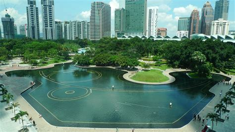 Landscape Architect Facts Tropical Gardening A Roberto Burle Marx Garden In Kuala