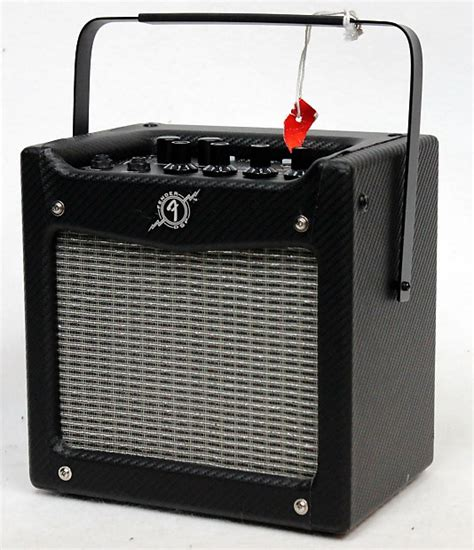 fender mustang mini 7w battery powered guitar amp used
