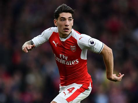 arsenal news hector bellerin set to sign new deal with