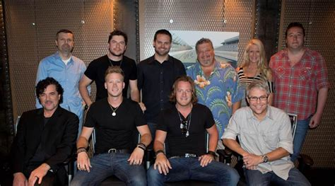 Mt Floband florida line inks deal with republic nashville country rocks