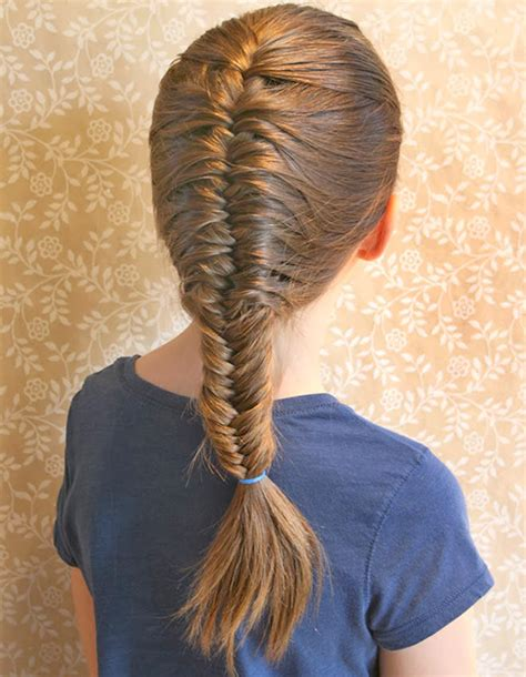 Hairstyles For School by 10 School Hairstyles That Fit A Hat S Grapevine