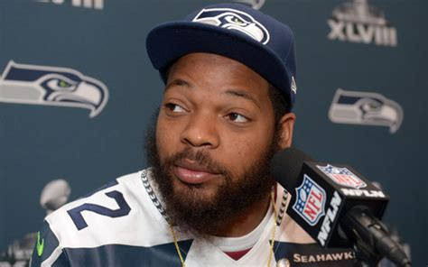 seattle seahawks deny rumors about michael bennett and greg hardy seahawks agree to four year deal with michael bennett