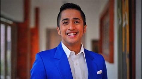 Baju Koko Irfan Hakim Tag Irfan Hakim Mengintip Kerajaan Bisnis Irfan Hakim