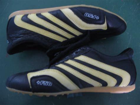 Sepatu Bola Adidas Ori Terbaru sepatu futsal terbaru