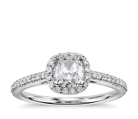 ring cusion cushion cut halo diamond engagement ring in 14k white gold