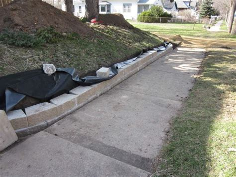 Landscape Fabric Retaining Wall D Oh I Y Stories About Our Diy Home Improvement