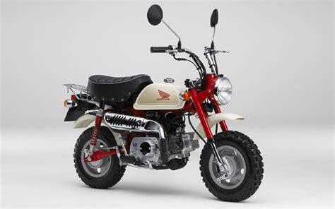 Tiny Two Wheeler Stylish Honda Z50M Monkey Bike   Custom
