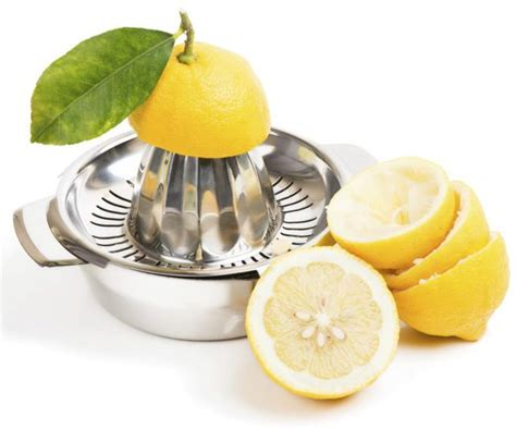 drinking lemon juice good   livestrongcom