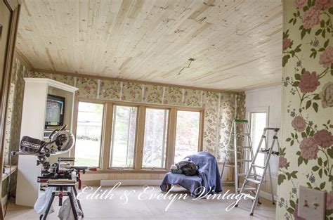 how to do a popcorn ceiling how to plank a popcorn ceiling