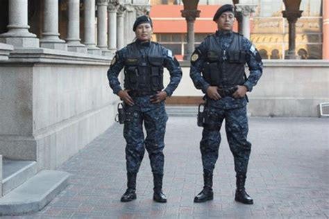 imagenes del uniforme de la nueva policia de la ciudad de bs as uniforme de la polic 237 a nacional civil ser 237 a infalsificable
