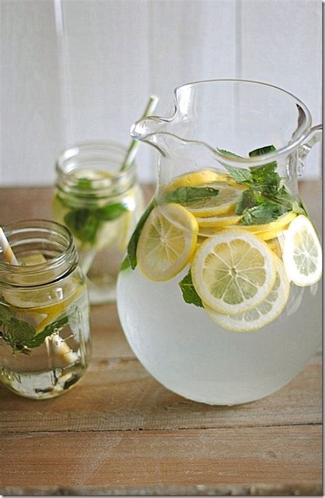 Cold Lemon Water Detox by Make A Pitcher Of Lemon Water For The Refrigerator 7