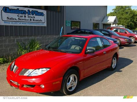 3g2jb12f05s118043 2005 red pontiac sunfire on sale in dayton oh lot 21997257 2005 pontiac sunfire red 200 interior and exterior images