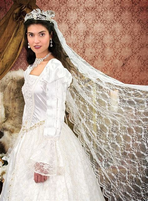 Costume   Wedding Dress with Lace   TheVikingStore.co.uk