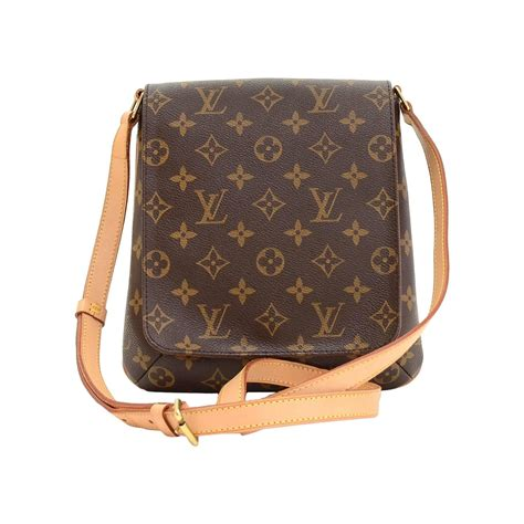 Louis Vuitton Brings In The Supermodels For 2008 by 2008 Louis Vuitton Brown Monogram Canvas Musette Salsa At