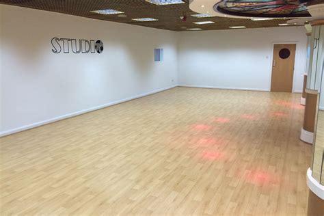 studio floor dynamic wood effect dance floor le mark floors