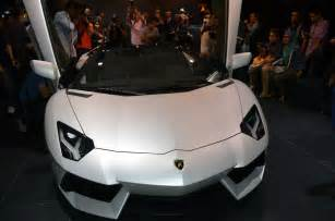 lamborghini aventador s roadster price in malaysia lamborghini aventador lp700 4 roadster previewed in malaysia 18 months wait list from rm3