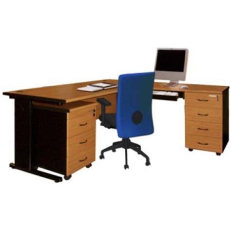 Meja Kantor Geniotech meja kantor grand lexus steel kemenangan jaya furniture