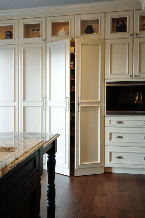 what is the space above kitchen cabinets called 42 inch tall kitchen cabinets 39 inch cabinets 8 foot