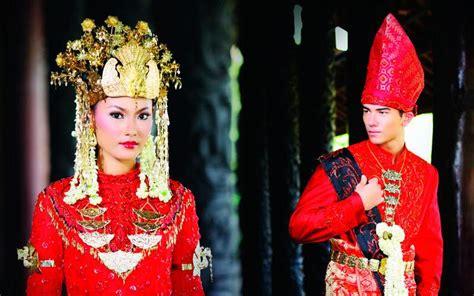 Cokelat Sovenir Nikah Adat Melayu tata cara pernikahan adat melayu pontianak mahligai indonesia