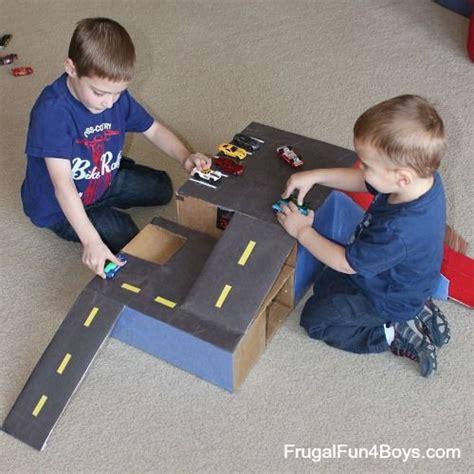 Mainan Anak Anak Parking Construction Mainan Anak Parking Beko Exca 1 best 25 cardboard box cars ideas on cardboard