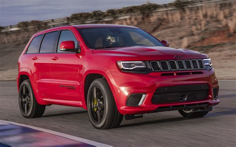 supercharged jeep grand cherokee comparison jeep grand cherokee trackhawk supercharged