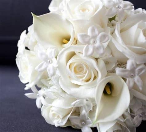 bouquet di fiori per sposa bouquet da sposa composizione fiori
