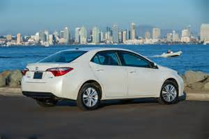 Toyota Corolla 2014 Mpg 2014 Toyota Corolla Reviews And Rating Motor Trend