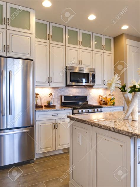 white kitchen cabinets with stainless appliances paint colors for kitchen with white cabinets and stainless