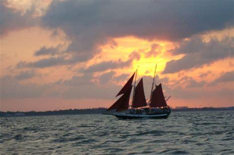 public boat rs near kemah tx captain kidd charters 26 photos boating 506 texas