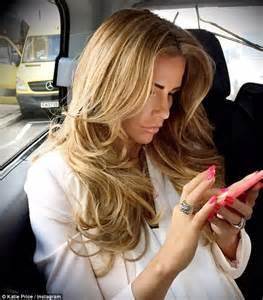 blonde hairstyles instagram katie price unveils new blonde hair to instagram daily